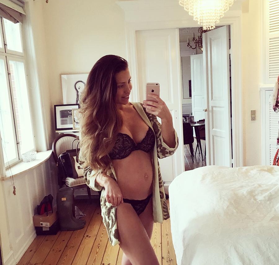 Gravid mave uge 8