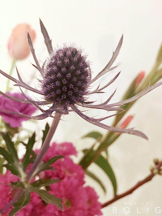 blomsterbuket-blomster-marie-kondo-konmari-lys-light-flowers