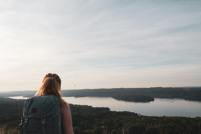 Stories By Holst landskab himmelbjerget luftballon