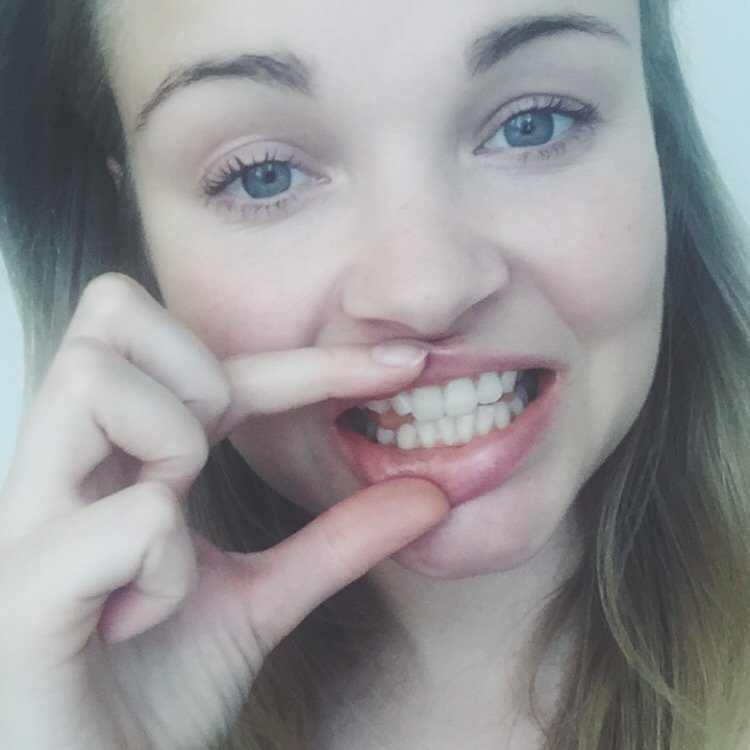 DIY, gør det selv, tandblegning, teeth whitening, tumeric, gurkemeje, organic, natural, simplyfit, simplybeauty