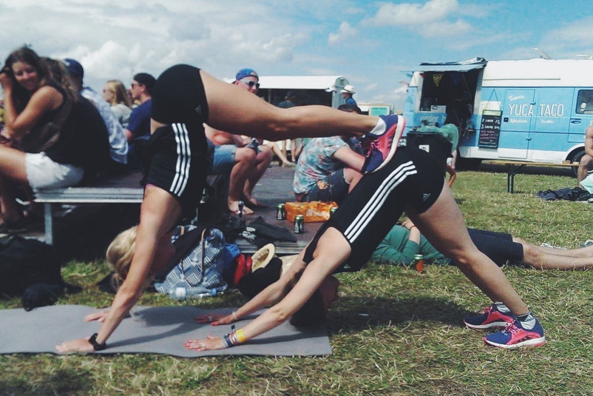 yoga, fitness, roskilde festival, simply fit, simply fitness, street yoga, festival spirit, summer, fun, style, outfit of the day, ootd, costume, copenhagen
