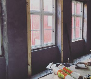 Murearbejde med fin pudsede vægge-002