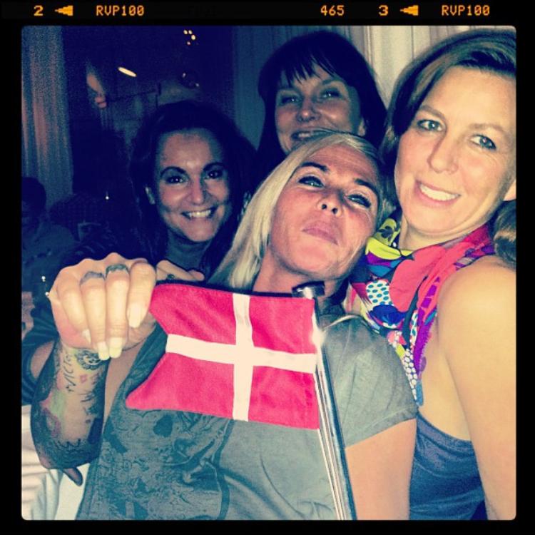 """Som rosinen i pølseenden, der kom 3 af mine veninder til Frederikshavn, som en del af mit """" suprice party"""" ❤️"""