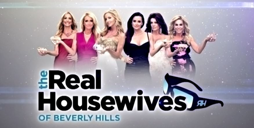 Real Housewives of Beverly Hills. Fra venstre: Taylor Armstrong, Kim Richards, Camille Grammer, Kyle Richards, Lisa Vanderpump og Adrienne Maloof.