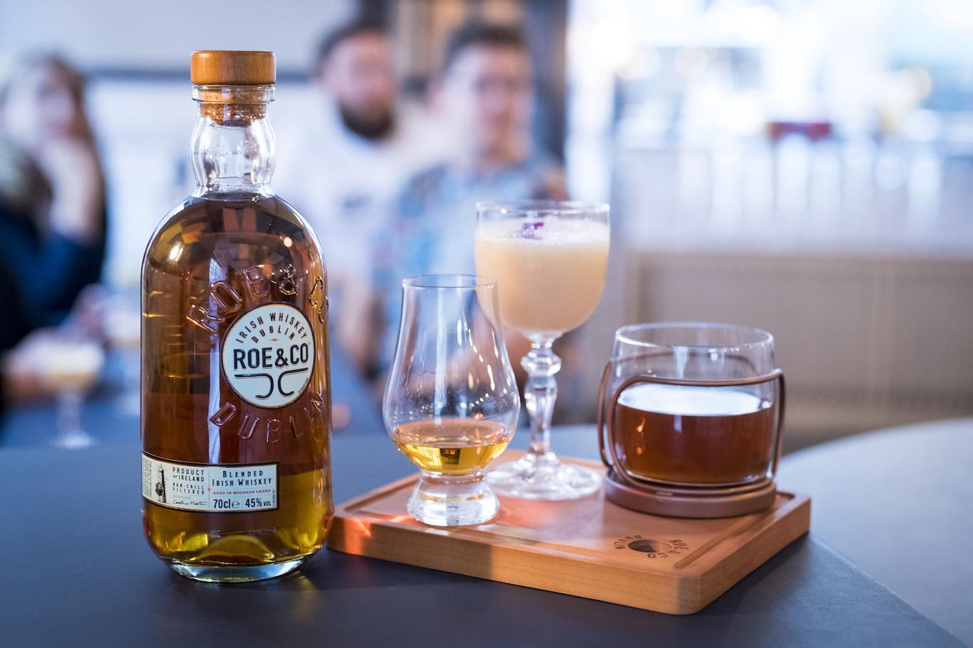 Til præsentationen af Roe & Co's nye whisky