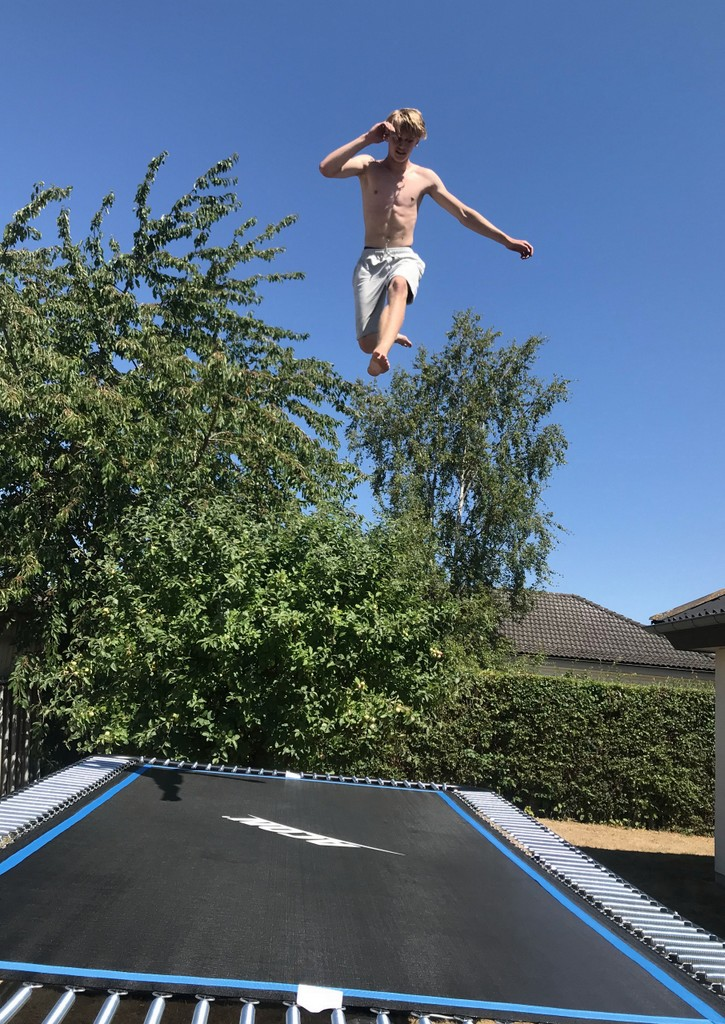 Trampolin - Konfirmand