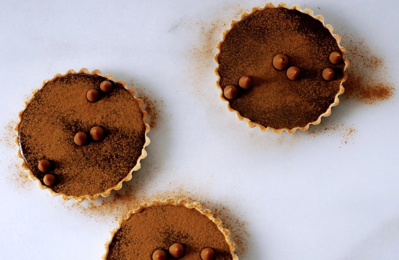 chokoladetaerter-med-lakrids-og-nougat-callebaut-annemette-voss-11-1