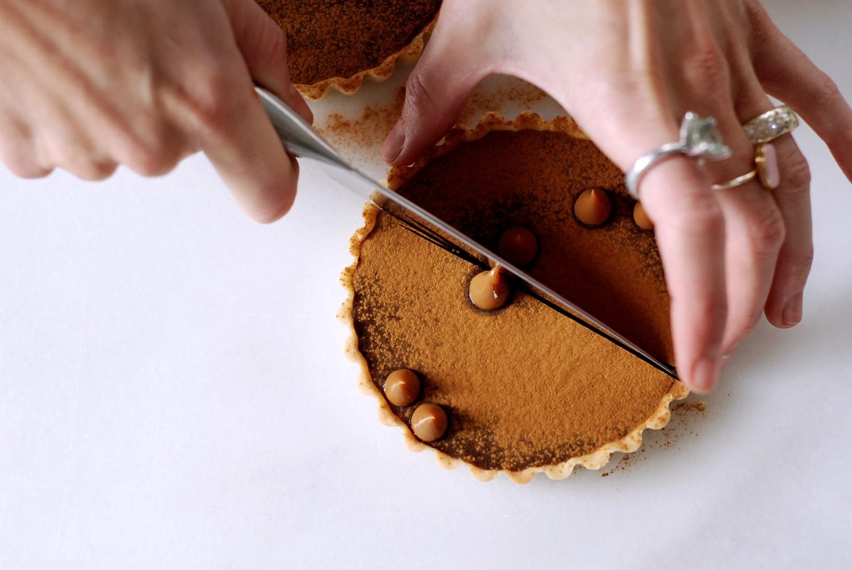 chokoladetaerter-med-lakrids-og-nougat-callebaut-annemette-voss-12-1