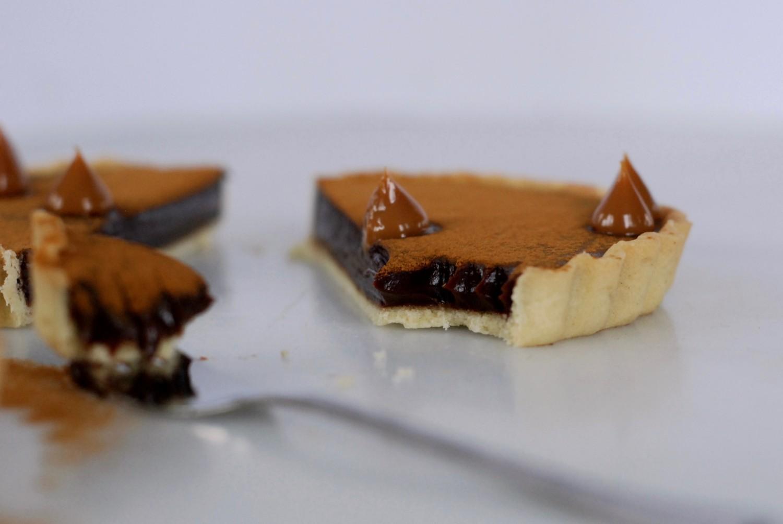 chokoladetaerter-med-lakrids-og-nougat-callebaut-annemette-voss-16-1