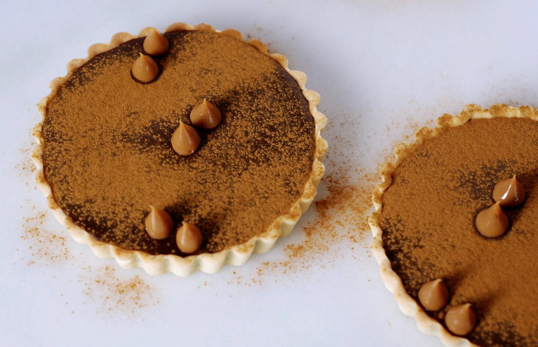 chokoladetaerter-med-lakrids-og-nougat-callebaut-annemette-voss-9-1
