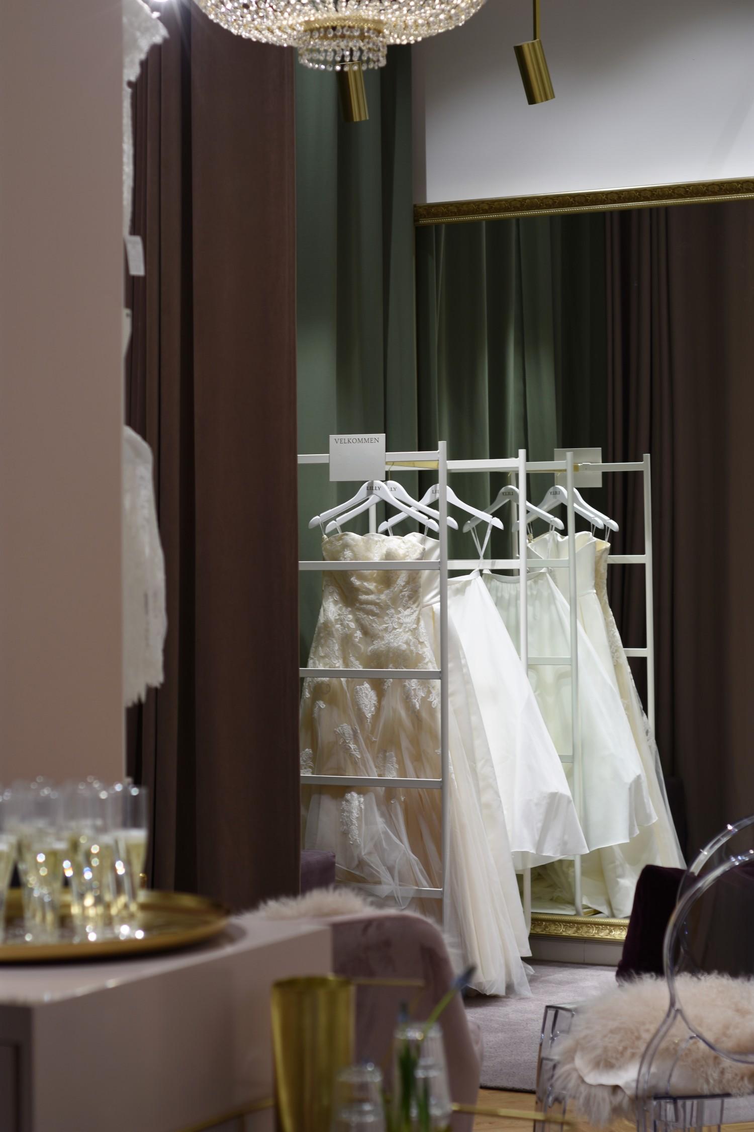 lilly-brudekjoler-annemette-voss-2