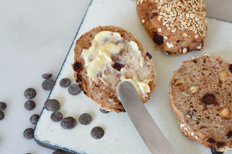 koldhaevede-boller-med-chokolade-callebaut-annemette-voss-5