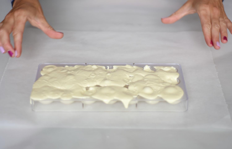 hvid-chokolade-tyrkisk-peber-pistacienodder-annemette-voss-callebaut-3