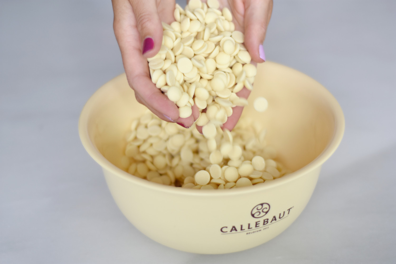 temperering-af-hvid-chokolade-annemette-voss-callebaut-2