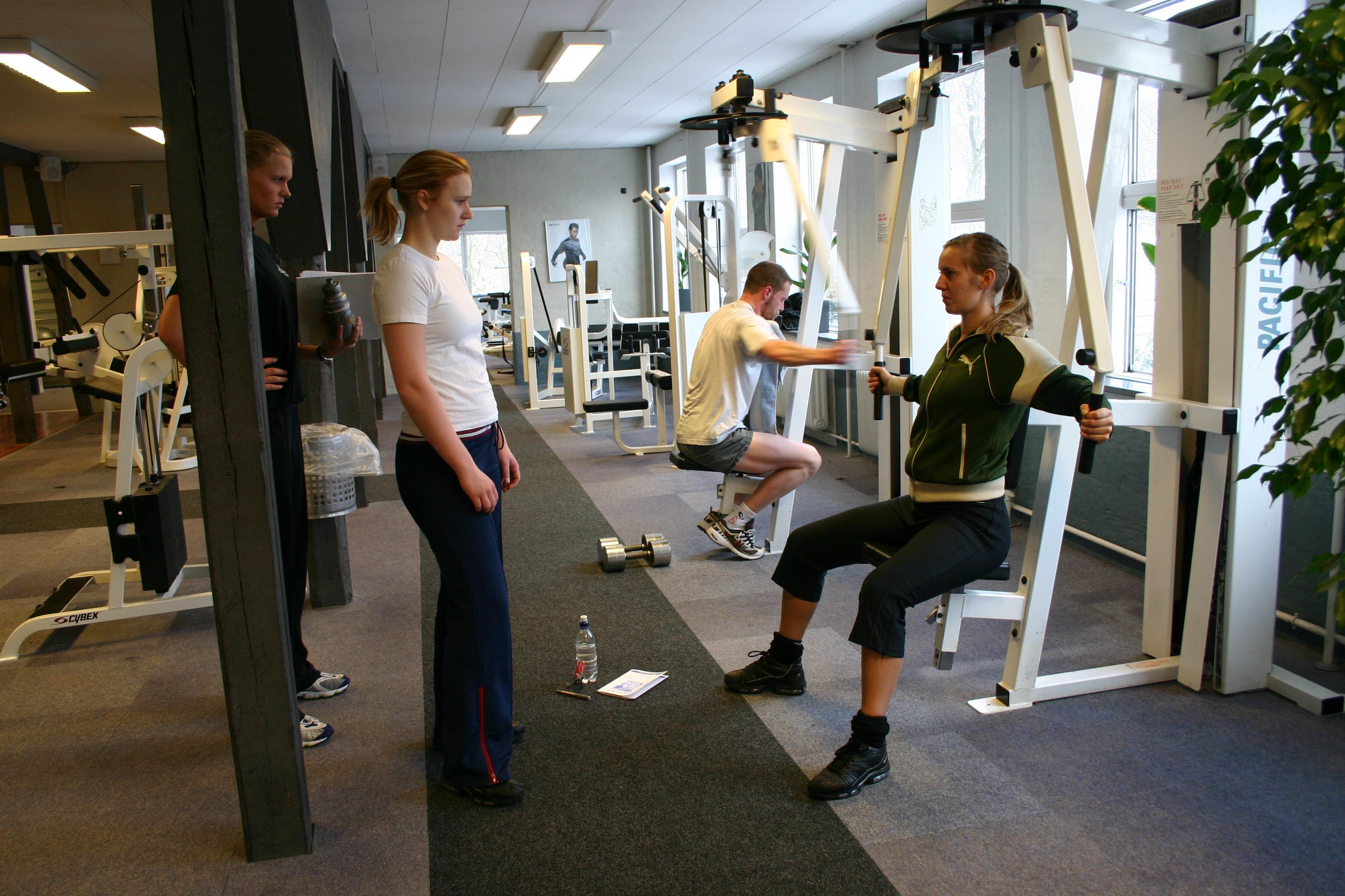 Fitnesscenter_træning_vejledning