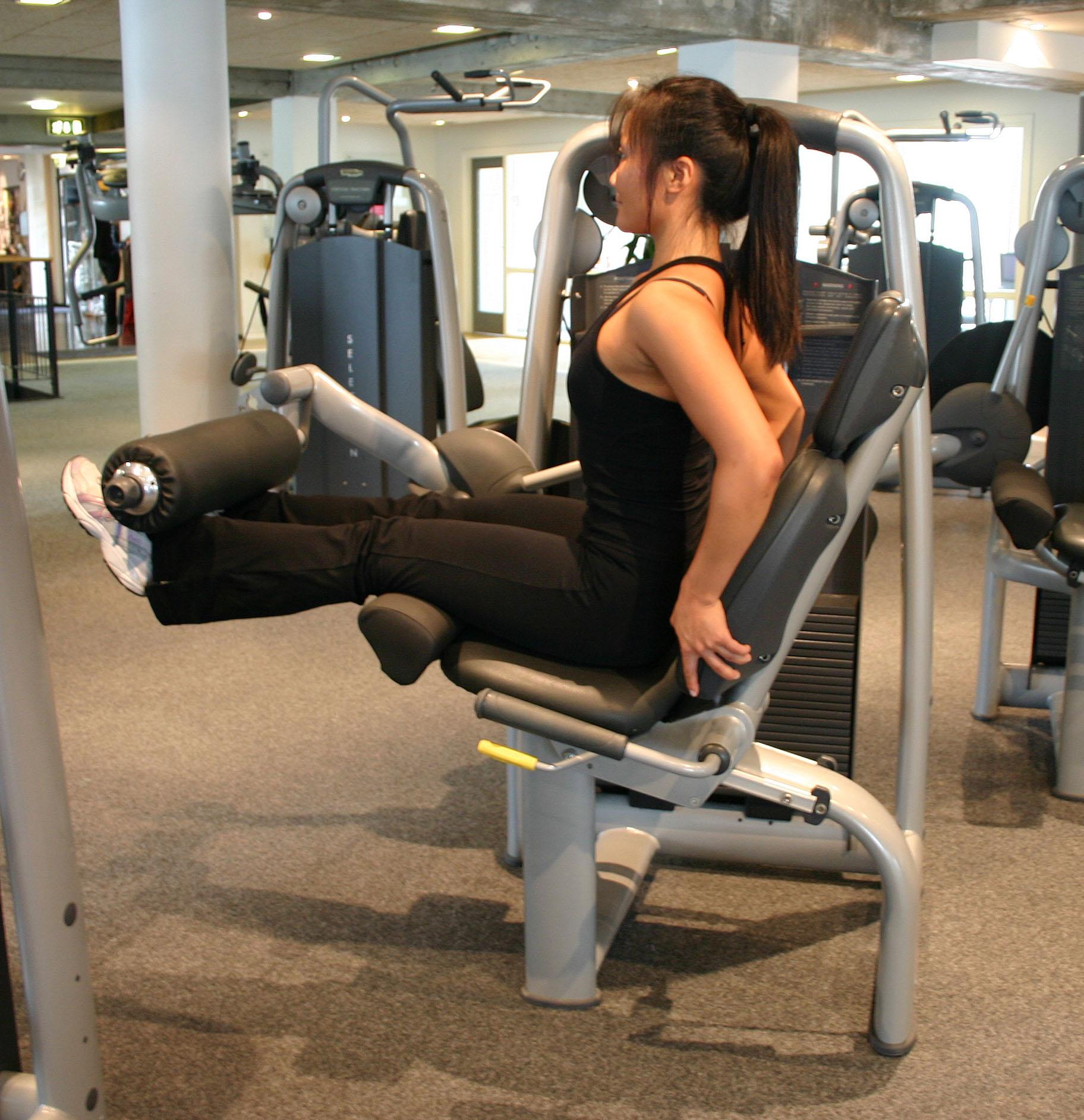 De 5 farligste fitnessmaskiner bentræning i fitnessmaskine leg extension