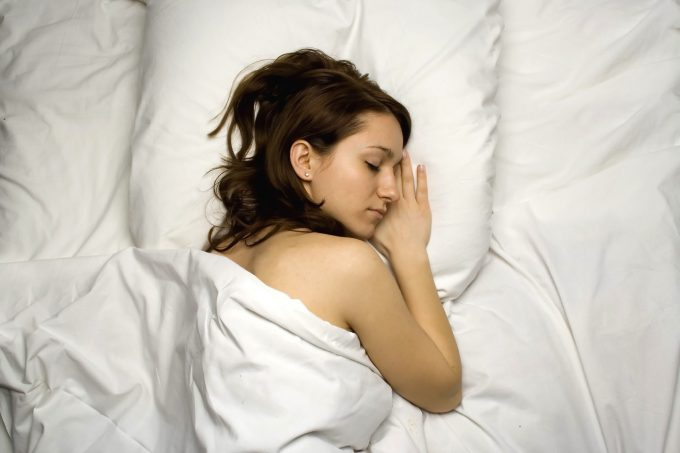 Sov godt søvn sove Mihaicalin_istock