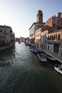 Venedig kanal morgen