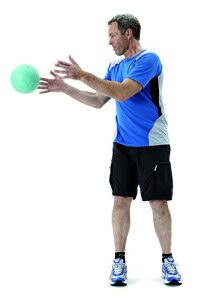 functional_fitness_medicine_ball_toss