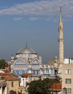 web_Turkey_Izmir_mosque