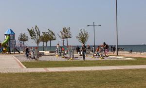 web_Turkey_Izmir_Beach_Outdoor_Fitness_View