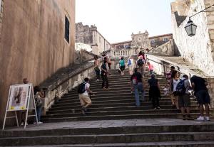 web_Croatia_Dubrovnik_stairs