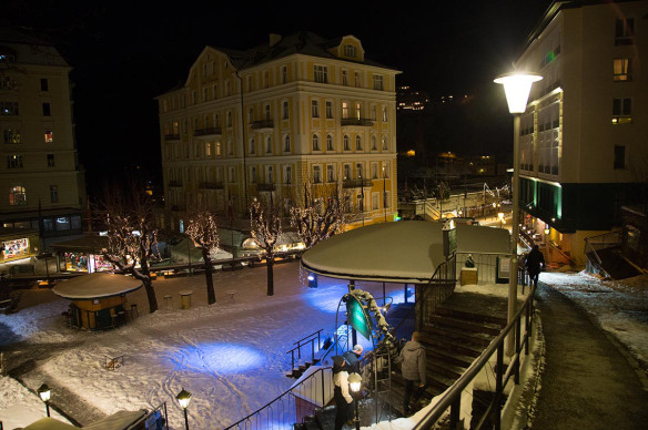 Bad_Gastein_city_by-night_light_Marina_Aagaard_fitness_blog