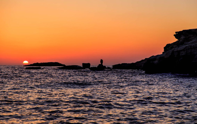 Cyprus_Sea_caves_sunset_Marina_Aagaard_fitness_blog