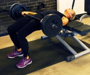 Glute_raise_balle_traening_Marina_Aagaard_fitness_blog
