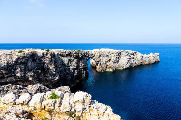 Menorca_Pont_d_en_Gil_photo_Henrik_Elstrup
