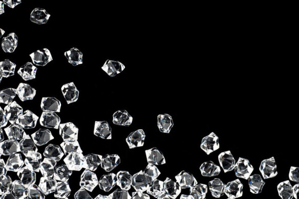 Under_pres_Herkimer_diamonds_Photo_Wikipedia_unknown