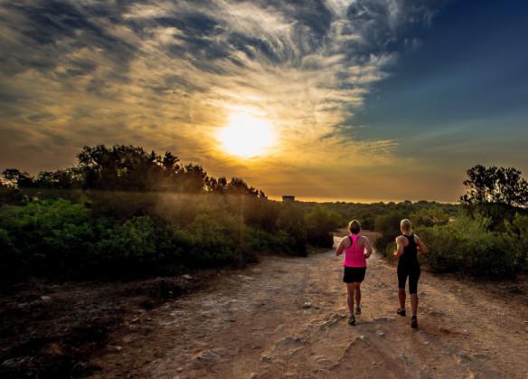 Running_at_sunrise_Mallorca_414X2998