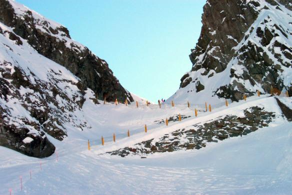 Gressoney_pass_snow_w