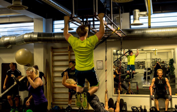 Funktion_fitness_pullup_w