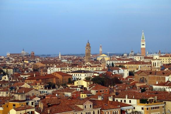 Venedig_Venice_Venezia_leaning_towers