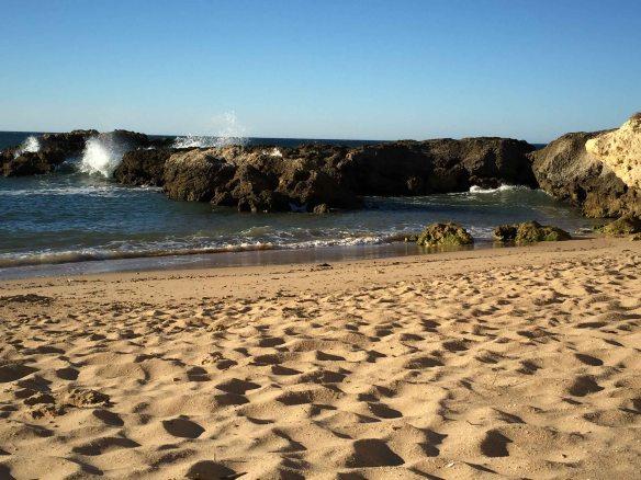 Algarve_Albufeira_Aveiros_Beach_at_Sunrise_Marina_Aagaard_blog