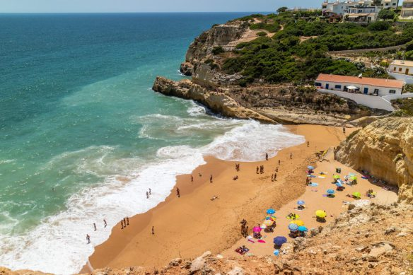 Algarve_Benagil_Beach_Portugal_Marina_Aagaard_blog
