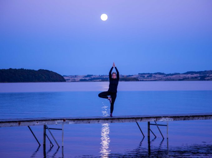 Yoga tree balance Marina Aagaard blog fitness Henrik Elstrup foto