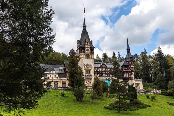 Peles-Castle_Sinaia_Romania_Marina_Aagaard_blog