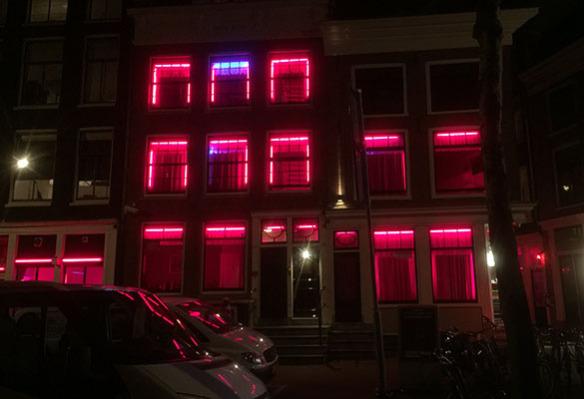 Amsterdam_by_night_Holland_Marina_Aagaard_blog