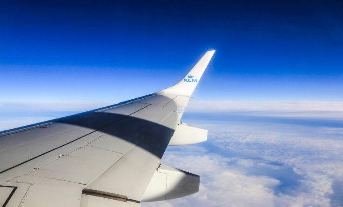 Sikker flyrejse KLM wing Marina Aagaard blog travel