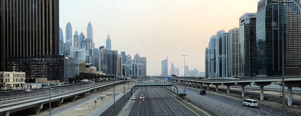 Dubai rejse skyscraper highway sightseeing Marina Aagaard blog travel photo rejse foto