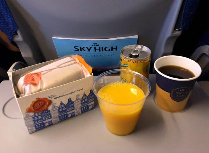 Fly_snack_KLM_Marina_Aagaard_blog_rejse