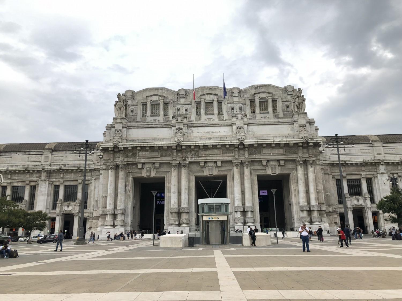 Hop-on-Hop-off_Milan_Central_Trainstation_Marina_Aagaard_blog_Travel_rejse