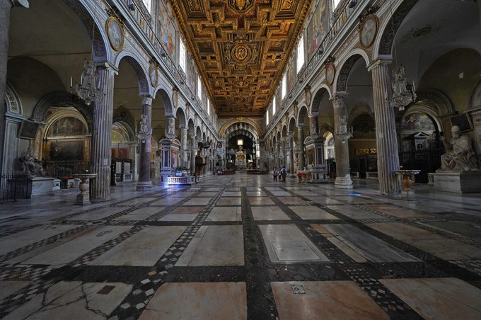 Basilica_Dell_Ara_Coeli_Rome_Italy_photo_Marina_Aagaard_blog_Travel