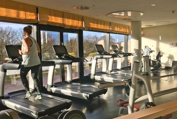 Life_Fitness_Cardio_Equipment_Threadmill_Marina_Aagaard_Blog