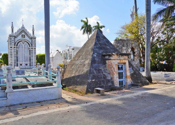 Cuba_Havana_Necropolis_Cristoforo_Colon_Marina_Aagaard_blog_travel_rejse