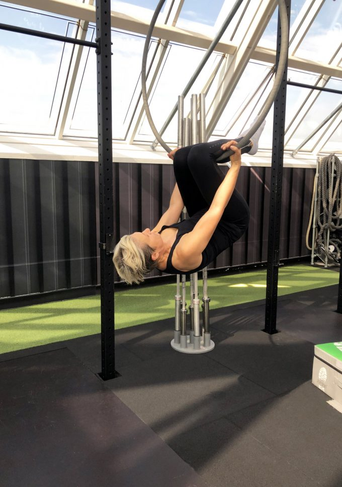 Aerial_Hoop_First_time_Workout_Personal_Training_Marina_Aagaard_blog_fitness