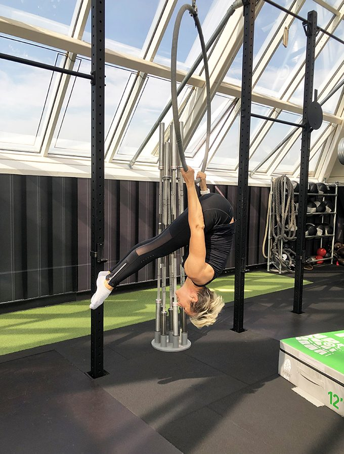 Aerial_Hoop_Mobility_Strength_Workout_Personal_Training_Marina_Aagaard_blog_fitness