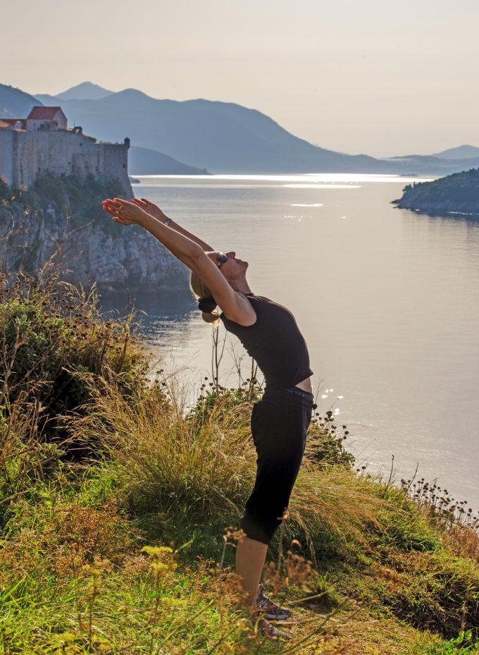 Dubrovnik_Croatia_stretching_Marina_Aagaard_blog_fitness